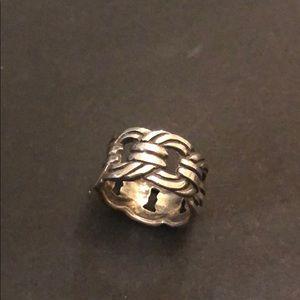Sterling Silver Ring SZ 7/8